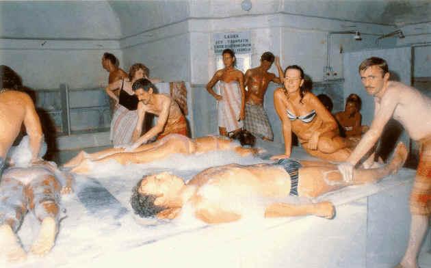 видео как моются в турецкой общей бани - 1
