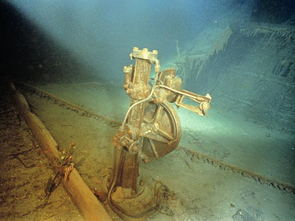 Foto Kapal Titanic Sesudah Tenggelam