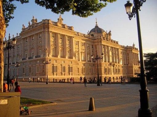 15a-istana-spanyol