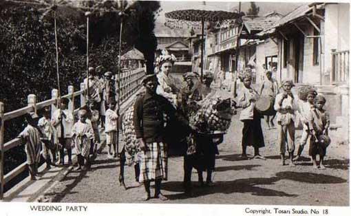 Pengantin wanita Jawa Timur tahun 1920-an