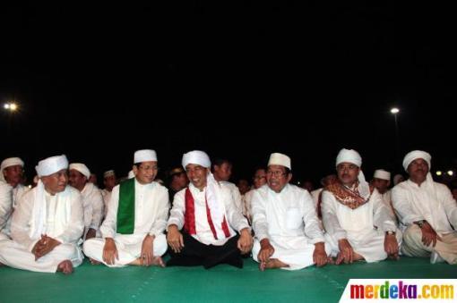 5. jokowi-rayakan-jakarta-night-religious-festival-2013-007-debby